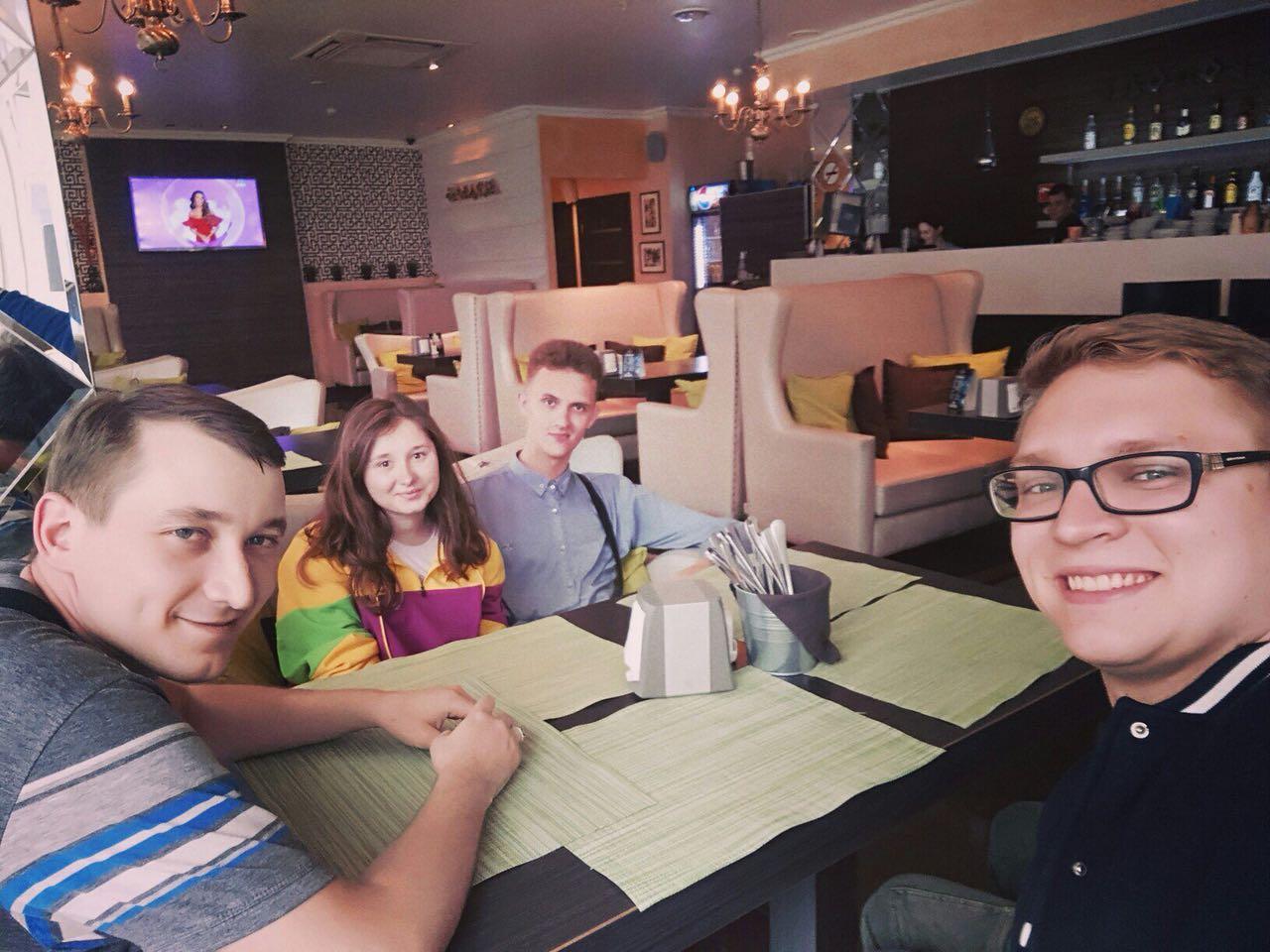 Принять участие в Параде Победы в Новороссийске приехали делегации молодежи из ДНР и ЛНР