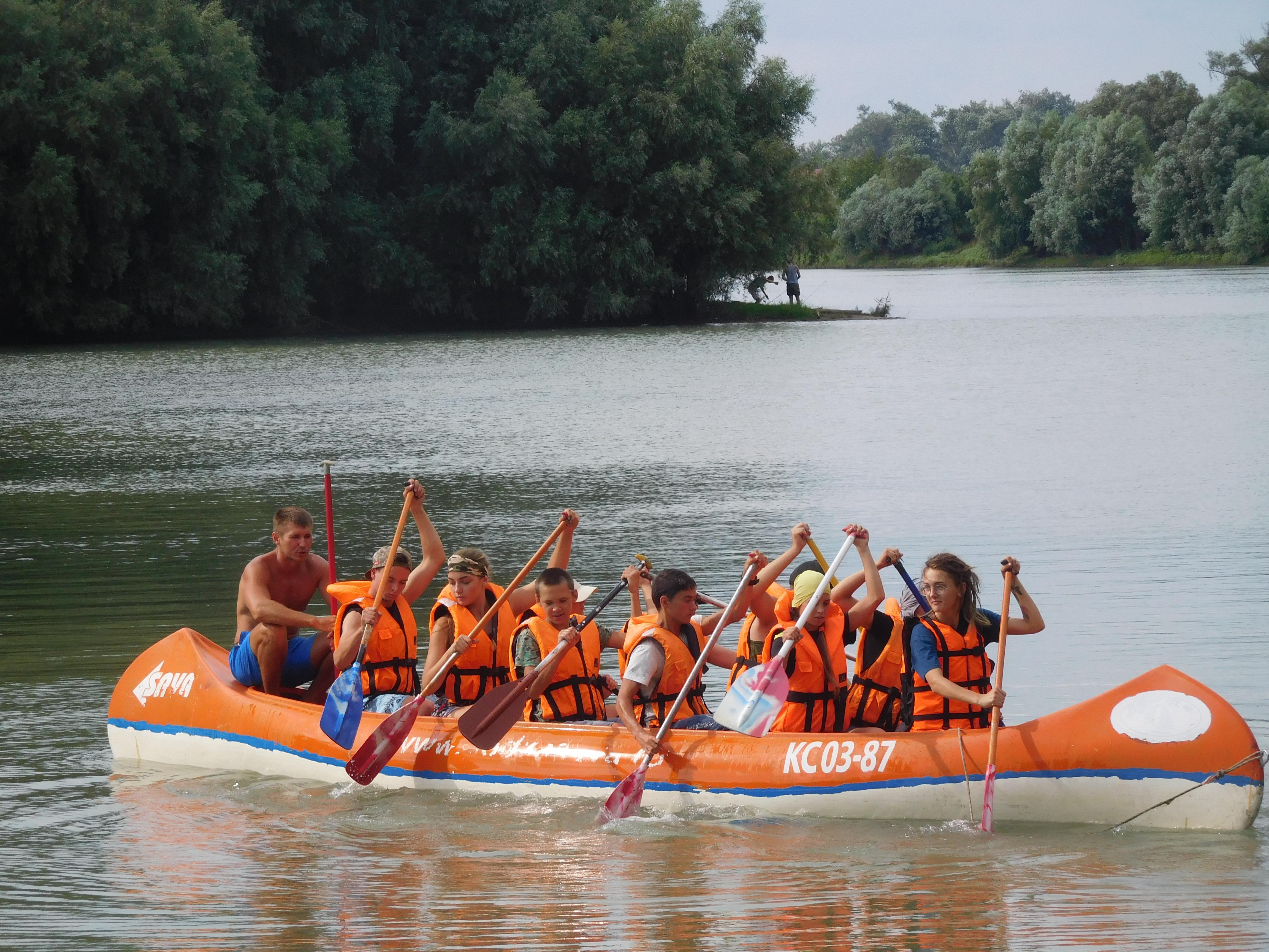 С 19 по 24 июля 2018 года прошел краевой спортивно-туристический водный лагерь-поход «Славянская кругосветка»
