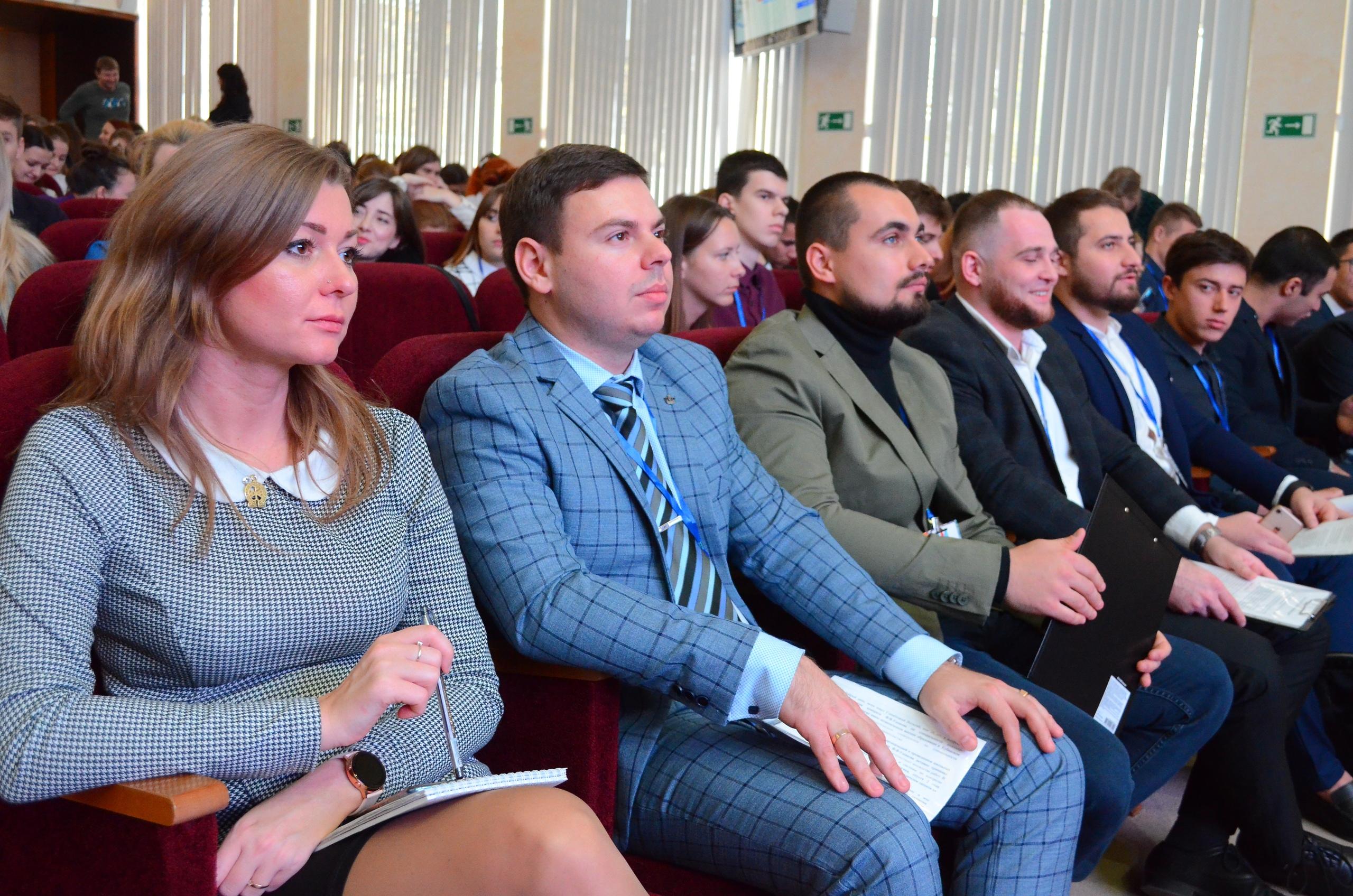 Встреча с кандидатами в Молодёжный парламент.
